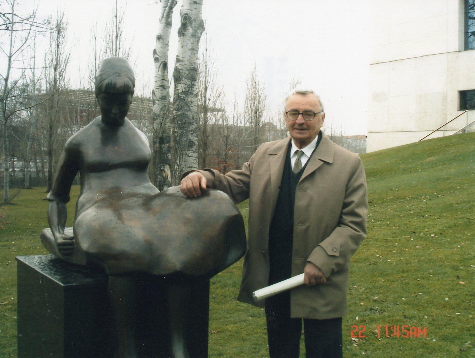 ¿Quieres Ser Embajador De Henri Lenaerts En La UPNA?